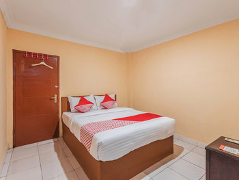 OYO 527 My Home Bekasi - Standard Double Room Regular Plan