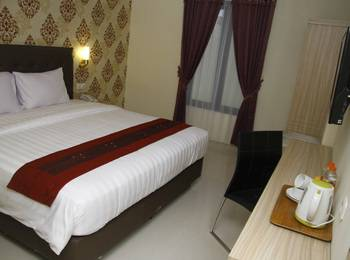 Hersya Front One Inn Surabaya - Deluxe Tempat Tidur Double SAFECATION
