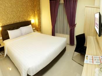 Hersya Front One Inn Surabaya - Superior King Bed PROMO GAJIAN
