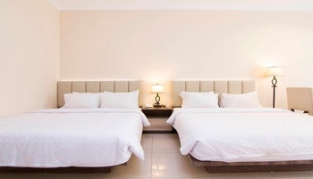 Hello Hotel Semarang Semarang - Deluxe Twin Room Only Regular Plan