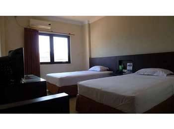 Family Guest House Surabaya - Twin Bed Room Only LAST MINUTE DEAL!