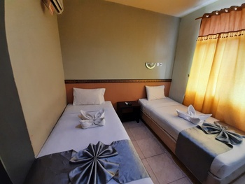 SPOT ON 2820 Hotel Perdana Palembang - SPOT ON Twin Room Regular Plan