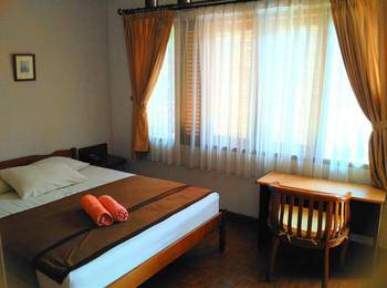 Hotel Puri Larasati Bandung - Standard Room AC Regular Plan