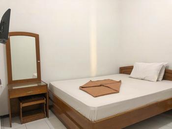 Hotel Baru Inn Batu Malang - Standard Twin Room Regular Plan