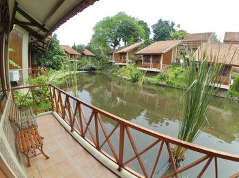 Ahadiat Hotel & Bungalow Bandung - Bungalow 1 Bed Room Save 20%