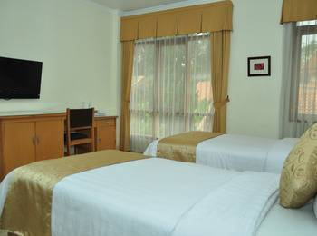 Ahadiat Hotel & Bungalow Bandung - Deluxe Room Only Regular Plan