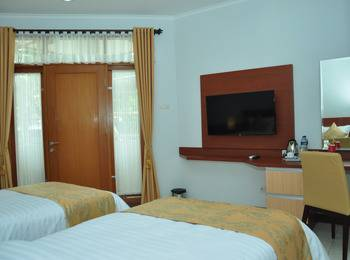 Ahadiat Hotel & Bungalow Bandung - Executive Twin #WIDIH - Pegipegi Promotion
