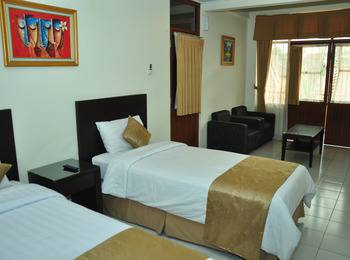 Ahadiat Hotel & Bungalow Bandung - 1 Bedroom Bungalow Regular Plan