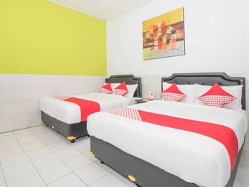 OYO 2270 Hotel Taman Wirama Bali - Deluxe Family Room Regular Plan