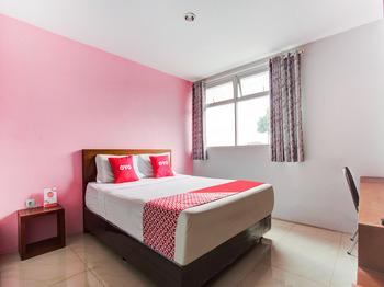 OYO 3876 The Aurora Inn Lembang Lembang - Deluxe Double Room Promotion