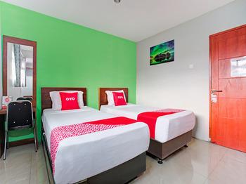 OYO 3876 The Aurora Inn Lembang Lembang - Deluxe Twin Room Promotion