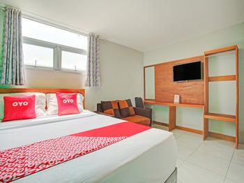 OYO 3876 The Aurora Inn Lembang Lembang - Suite Double Early Bird Deal