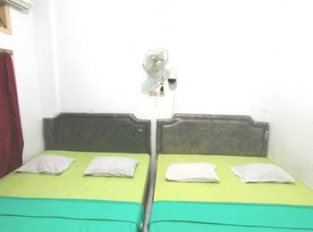Prayogo III Hotel Jogja - Family Ac Tv Room for 4 pax  Upper Floor lantai 2 dan 3 Regular Plan