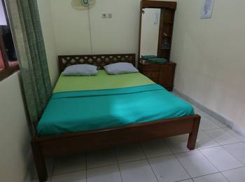 Prayogo III Hotel Jogja - Superior Room with Fan TV ( Kipas angin + TV ) Upper Floor Regular Plan