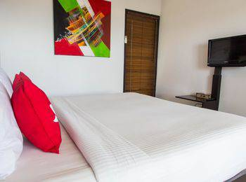 ZEN Premium Ungasan Indraprasta Bali - Double Room Only Regular Plan