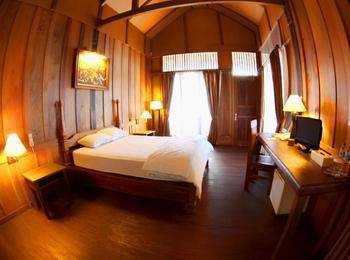 Wakatobi Patuno Diving & Beach Resort Wangi-Wangi - Suite Room Regular Plan