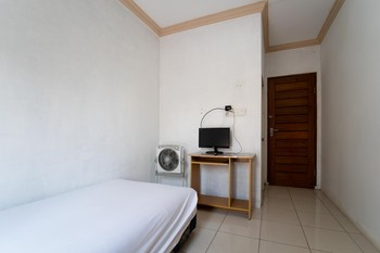KoolKost Syariah @ MT Haryono Street Balikpapan Balikpapan - KoolKost Double Room Basic Deal