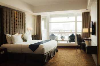 MG Setos Hotel Semarang - Deluxe Balcony Room Only Regular Plan