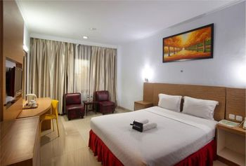 Hotel Prima Makassar - Superior Room Only Regular Plan