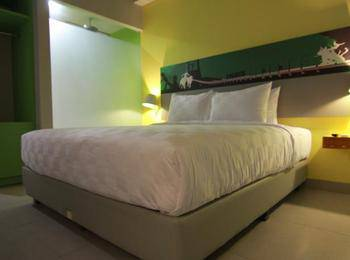 Kyriad Pesona Hotel  Surabaya - Deluxe Room Only Regular Plan