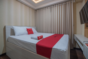 RedDoorz Apartment @ Grand Asia Afrika Bandung - RedDoorz Limited SALE Regular Plan