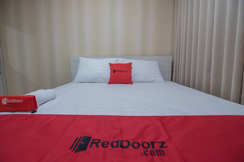 RedDoorz Apartment @ Grand Asia Afrika Bandung - RedDoorz SALE Regular Plan