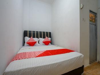 OYO 2875 Wisma Raffa Lahat - Standard Double Room Regular Plan