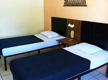 Hotel Augusta Garut - Deluxe Room with Breakfast Regular Plan