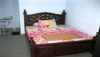 Hotel Queen Lombok - Standard Room Last minute Deal