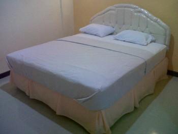 Galaxy Guest House Surabaya - Family Room  Basic Deal 40%