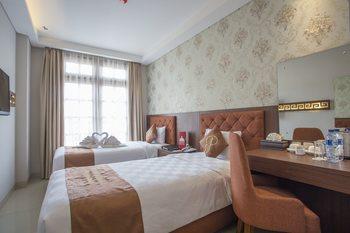 Prima In Hotel Yogyakarta - Superior Twin with Breakfast Regular Plan
