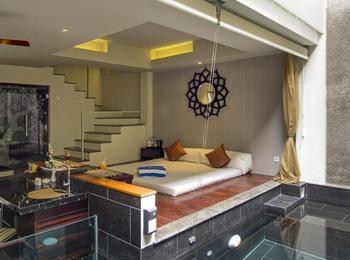 18 Suite Villa Loft Kuta