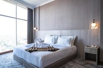 Goldvitel Hotel Surabaya - President Suite Room Breakfast Regular Plan