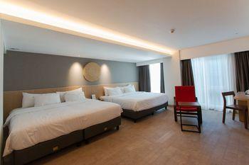 Aveta Hotel Malioboro Yogyakarta - Family Quadruple Room NEW YEAR NEW HOPE