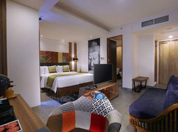 Vasanti Kuta Hotel Bali - Deluxe Room Only with Bathtub Last Minute Deal