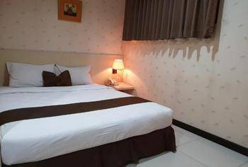 Scarlet Kebon Kawung Hotel Bandung - Standard Queen Room Only Min. Stay 22%