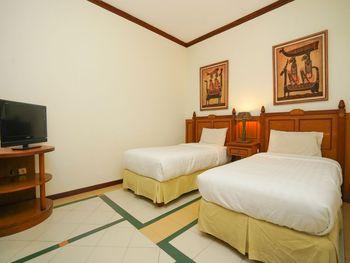 Hoormoes House By Ziri Surabaya - Deluxe Twin Double Room Only Regular Plan