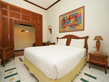 Hoormoes House By Ziri Surabaya - The Hoormoes King Room Only Regular Plan