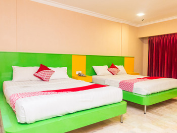 OYO 1896 Kita Hotel Tanjung Pinang - Suite Family Regular Plan