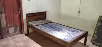 Homestay Dulngori Yogyakarta - Standard Room Breakfast FC Stay More, Pay Less