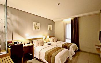 Gandasari Hotel Bandung - Superior Twin Bed Room Breakfast Saver copy