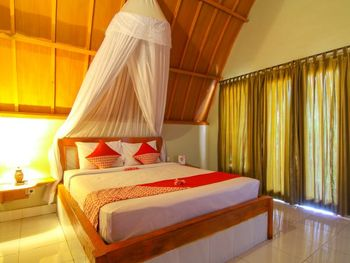 OYO 1132 Yo.land Guesthouse Lombok - Standard Double Room Regular Plan