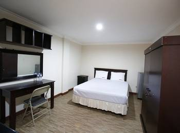 RedDoorz at Lebak Bulus Raya 2 - Reddoorz Room Special Promo Gajian