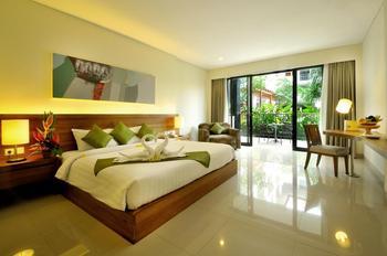 Taksu Sanur Hotel Bali - Junior Pool View Suite Room Regular Plan