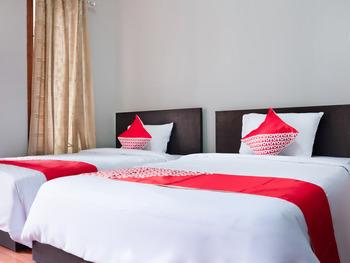 OYO 2912 Graha Minda Syariah Bandar Lampung - Standard Twin Room Last Minute Deal