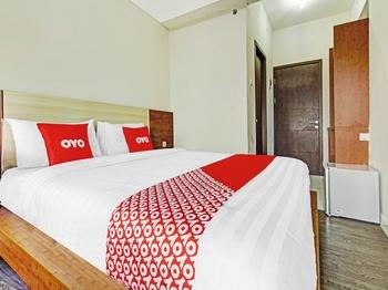 OYO 90330 Sultan Premiere Easton Park Tangerang Selatan - Standard Double Room Promotion