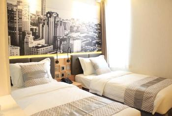 Grand Viveana Hotel Bandung - Deluxe Twin Room Only Regular Plan