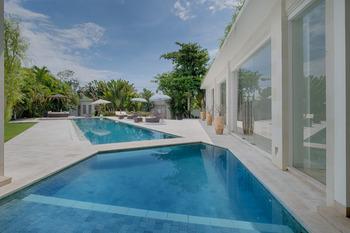 Kutus Kutus Canggu Villa Bali - Three Bedrooms Pool Villa Putih 1 Last Minute Deal 45%