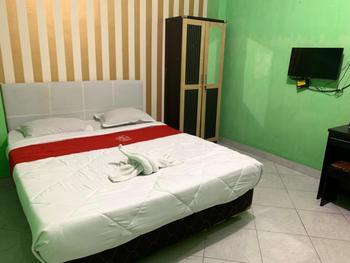 Hotel Ratu Ayu 2 Lampung Bandar Lampung - Deluxe Room AntiBoros