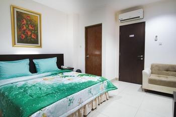 Time Out Hotel Jakarta - Suite Room Regular Plan